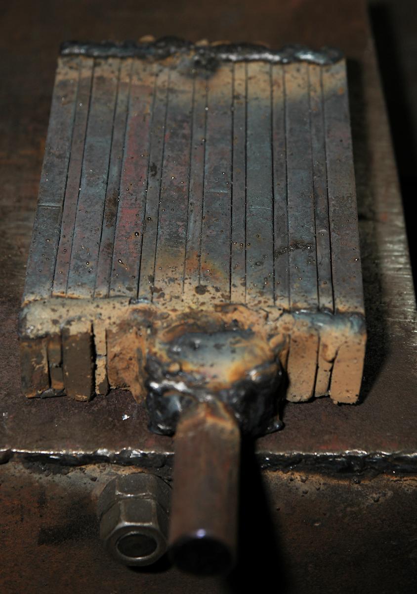 Хороший клинок из Дамасской стали, как и в старину, может стать семейной реликвией. Как выбрать нож