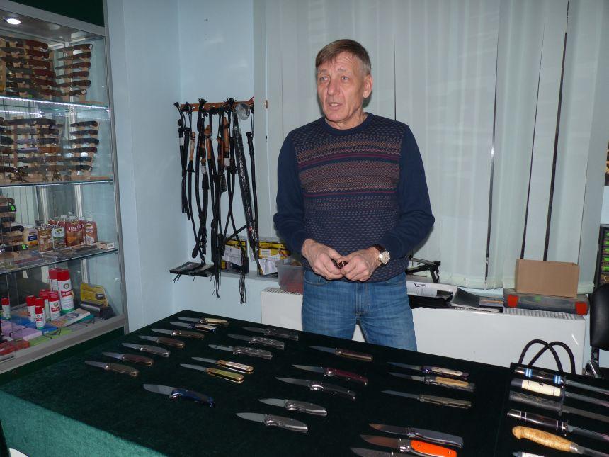 Персональная выставка-продажа ножей Мастерской Чебуркова в магазине Русские Ножи 24.12.2016г