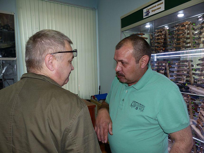Пампуха И.Ю. в магазине Русские ножи май 2014г
